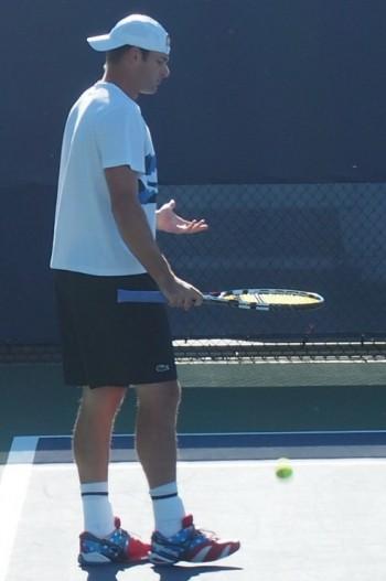 Andy Roddick ball bouncing levitation Babolat racquet racket tennis images photos pictures