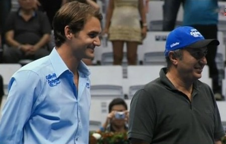 Roger smiling big smile awards presentation Federer Gillette tour tennis