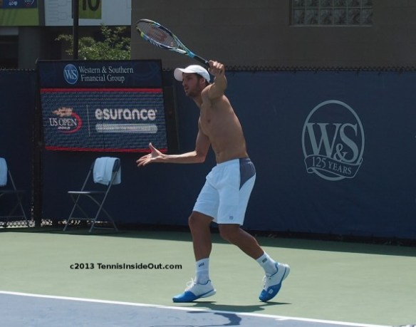 Cincinnati Masters practice 2013 Feliciano Deliciano Lopez one hander backhand gorgeous man shirtless bare chest photos images