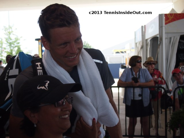 Tomas Berdych grabbed by towel Western and Southern Open 2013