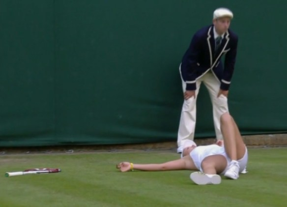Donna Vekic Roberta Vinci match Wimbledon sprawl lying on grass flat on back racquet tossed