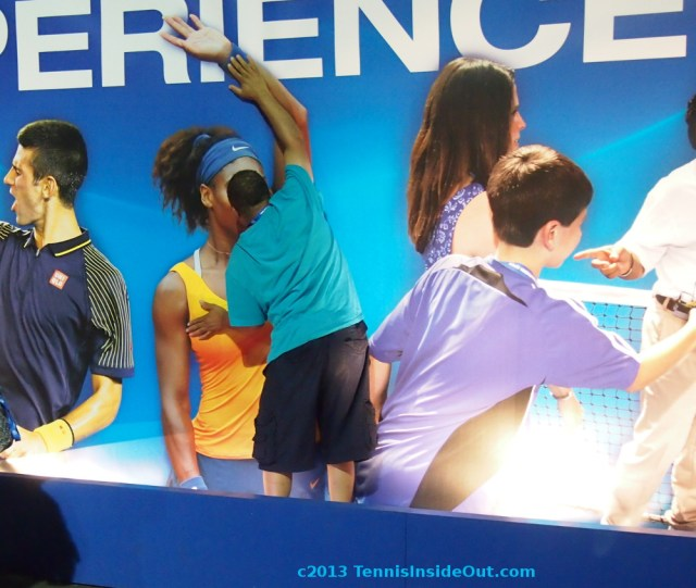 Terry feeling up Serena Williams fan experience wall at Cincinnati Western and Southern Open photos pictures