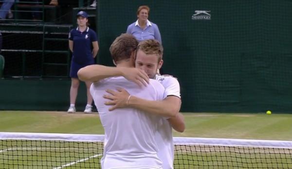 Sock Pospisil Popsicle hug Wimbledon embrace PopSock