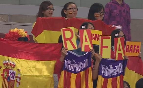 Crazy cheering Chinese Rafa fans signs clown wig  bull stickers screencaps photos Beijing