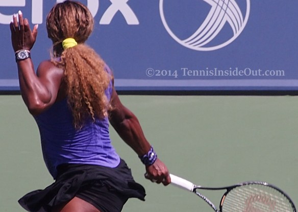 Beautiful Serena Williams backhand slice purple black kit pics images photos