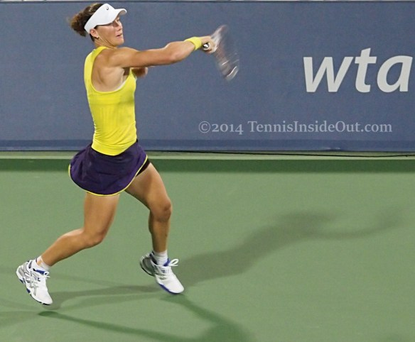 Western and Southern Open WTA Sam Stosur sweeping forehand pics photos