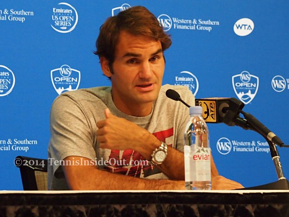 Roger Federer talking to press Cincinnati Masters 2014 pics photos images