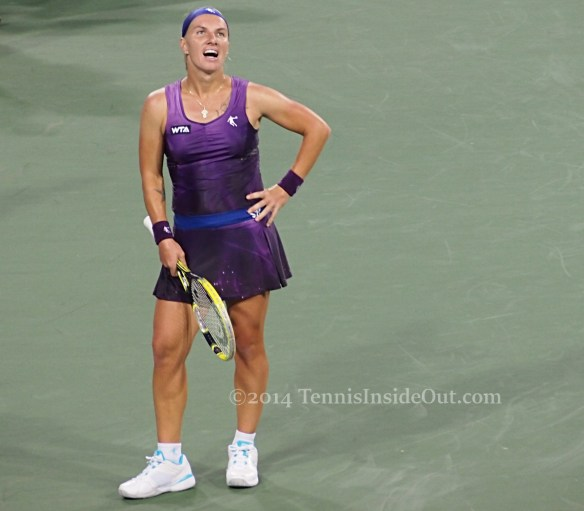 Cincinnati premier tennis Svetlana Kuznetsova hand on hip incredulous funny look grin purple dress