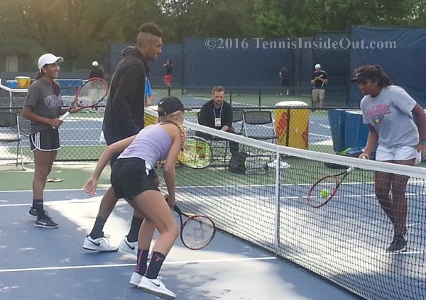 Nick Kyrgios Cincinnati tennis Masters fun with girls fans mini-tennis