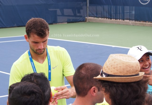 Dimitrov autographs Western and Southern Open pics
