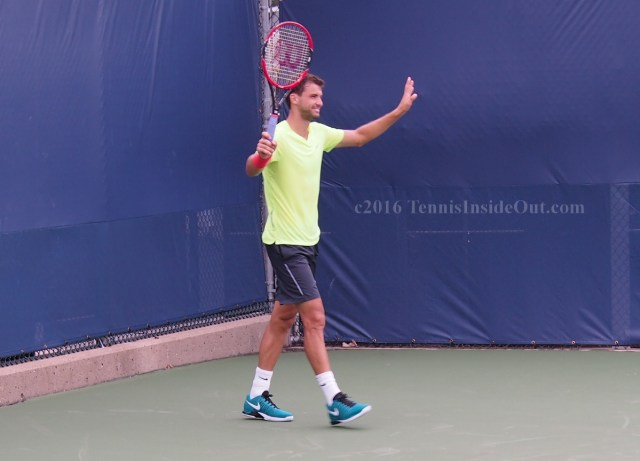 Hands up Grigor Dimitrov cute smile pics