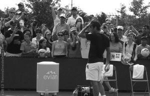 Federer fixing tousling hair fangirls swooning