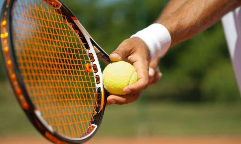 How to Swing a Tennis Racket Never Miss Again