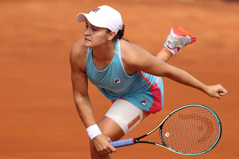 Roland Garros 2021: Ashleigh Barty vs. Bernarda Pera Tennis Pick and Prediction