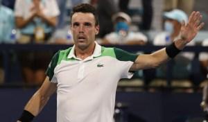 St Petersburg Open 2021: Roberto Bautista Agut vs. Mackenzie McDonald Tennis Pick and Prediction