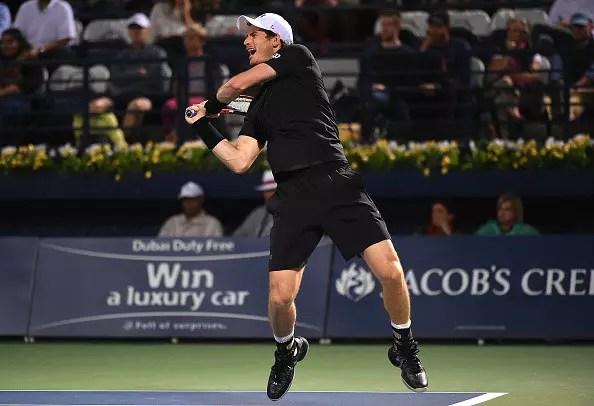 Murray survives huge test
