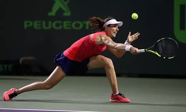 Konta downs Williams