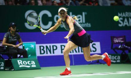 Singapore | Wozniacki blitzes Halep – Garcia edges Svitolina