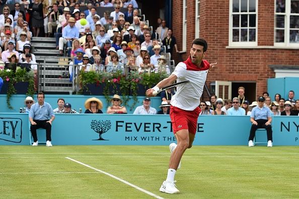 Queen's | Djokovic eases through