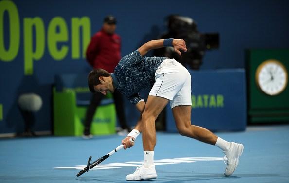 Doha | Djokovic loses – and his rag