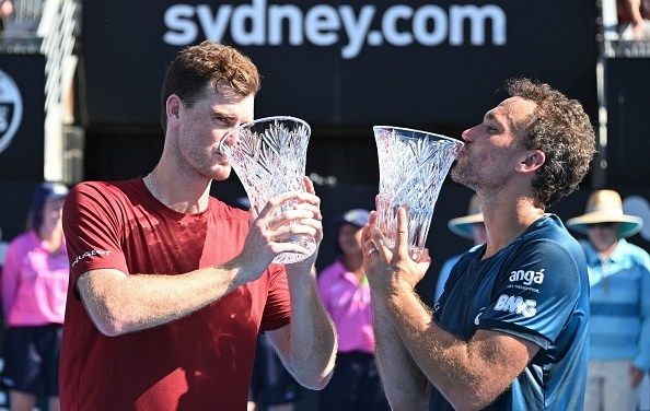Sydney | Murray and Soares lift doubles title