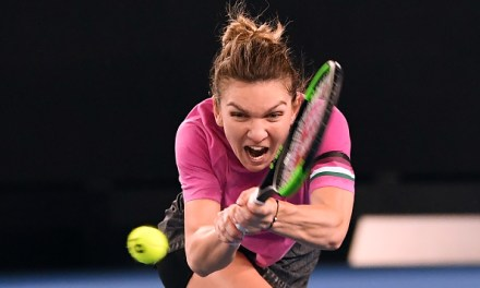 Melbourne | Halep survives scare, Azarenka dumped