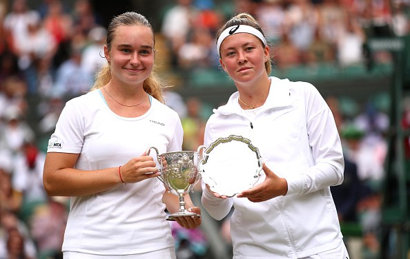 Junior Wimbledon | Snigur is the girls singles champion
