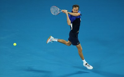 Melbourne | Medvedev survives a strong opening challenge