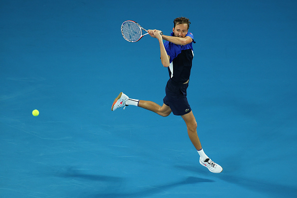 Melbourne | Medvedev survives a strong opening challenge