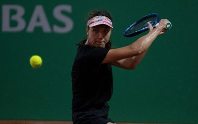 Tig bounces Bouchard for Istanbul title