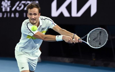 Medvedev charges into AO final