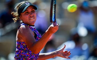 Kenin and Serena get off the mark, but Brits stall