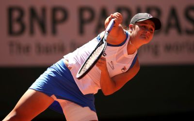 Barty retires hurt as Kenin and Svitolina march on