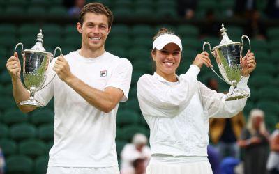 Skupski & Krawczyk win Mixed Doubles Final