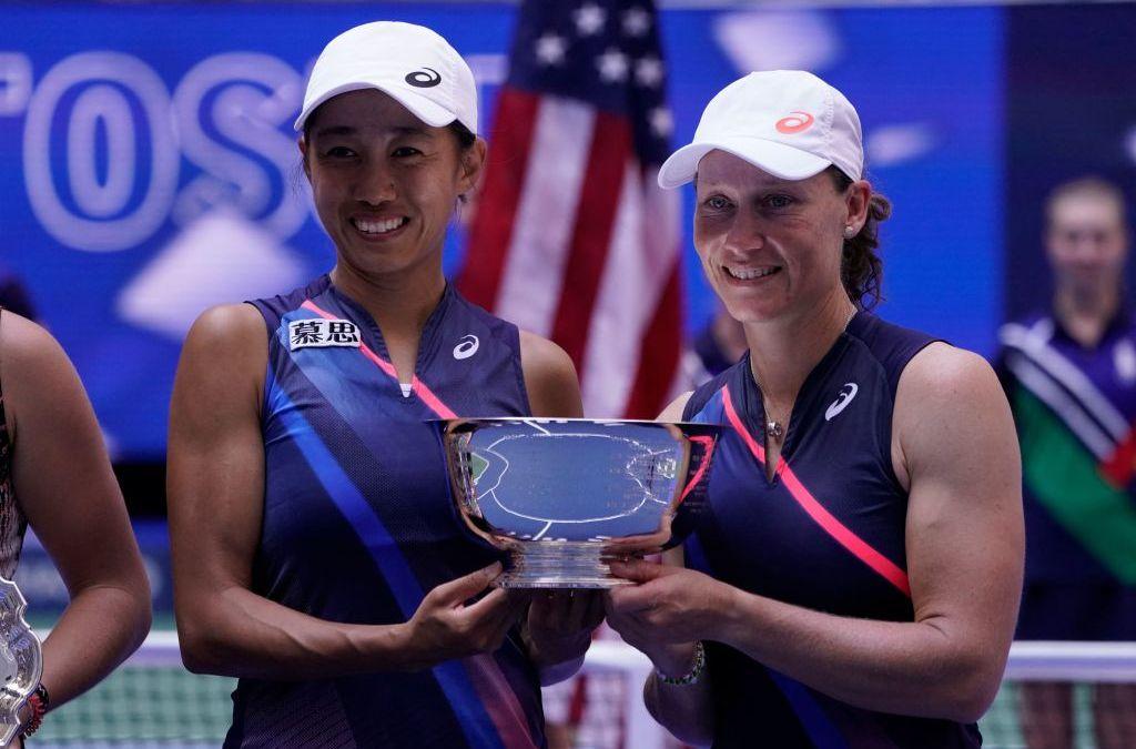 Stosur & Zhang lift US Open Women's Doubles title