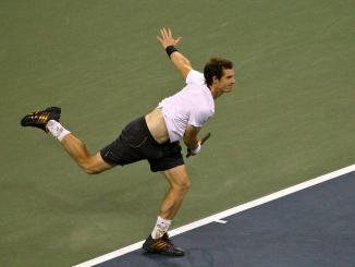The Battle of the Brits continued on its day two with Andy Murray making an appearance in a mixed doubles match.
