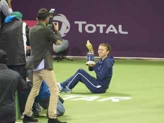 Tennis New Today: Halep Wins Fan Favourite Award, Swiatek a Close Second