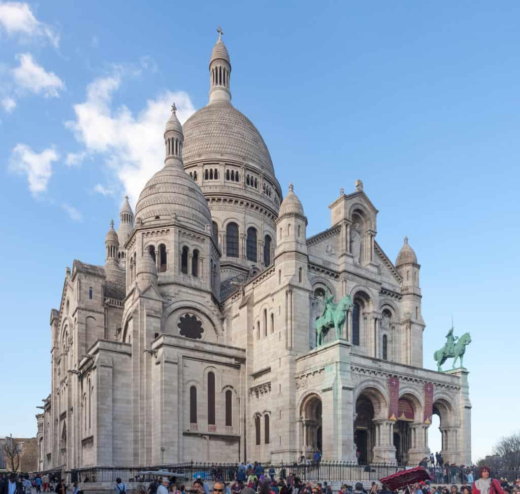 Visit Sacré-Coeur in Paris
