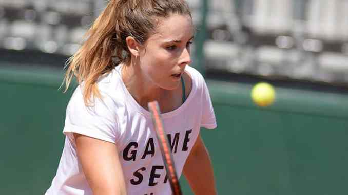 Alize Cornet v Catherine McNally live streaming and predictions