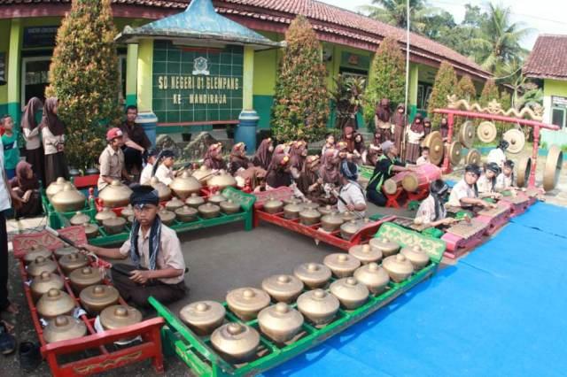 Gamelan Seni tradisional