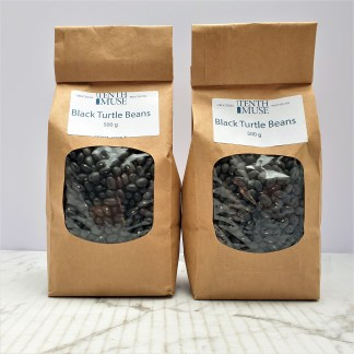 packet of dried black turtle beans