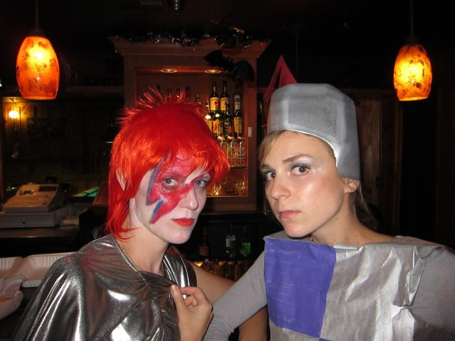 David Bowie and Sir Crafts-a-lot: Our Halloweenie costumes on the holiday I found out I was pregnant
