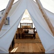 center zipper tent door