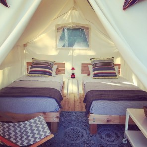 Northern-Minnesota-lake-house-luxury-tent