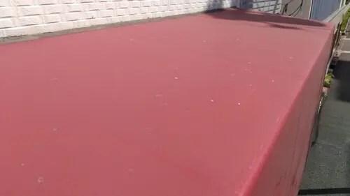 最も汚れるテントの天井面
