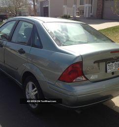2003 ford focus se sedan 4 door fwd 2 0l cheap power windows auto good on gas [ 1600 x 1200 Pixel ]