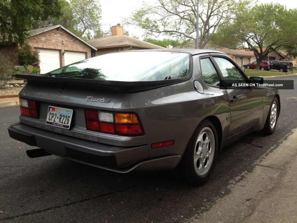 medium resolution of 1987 porsche 944 turbo