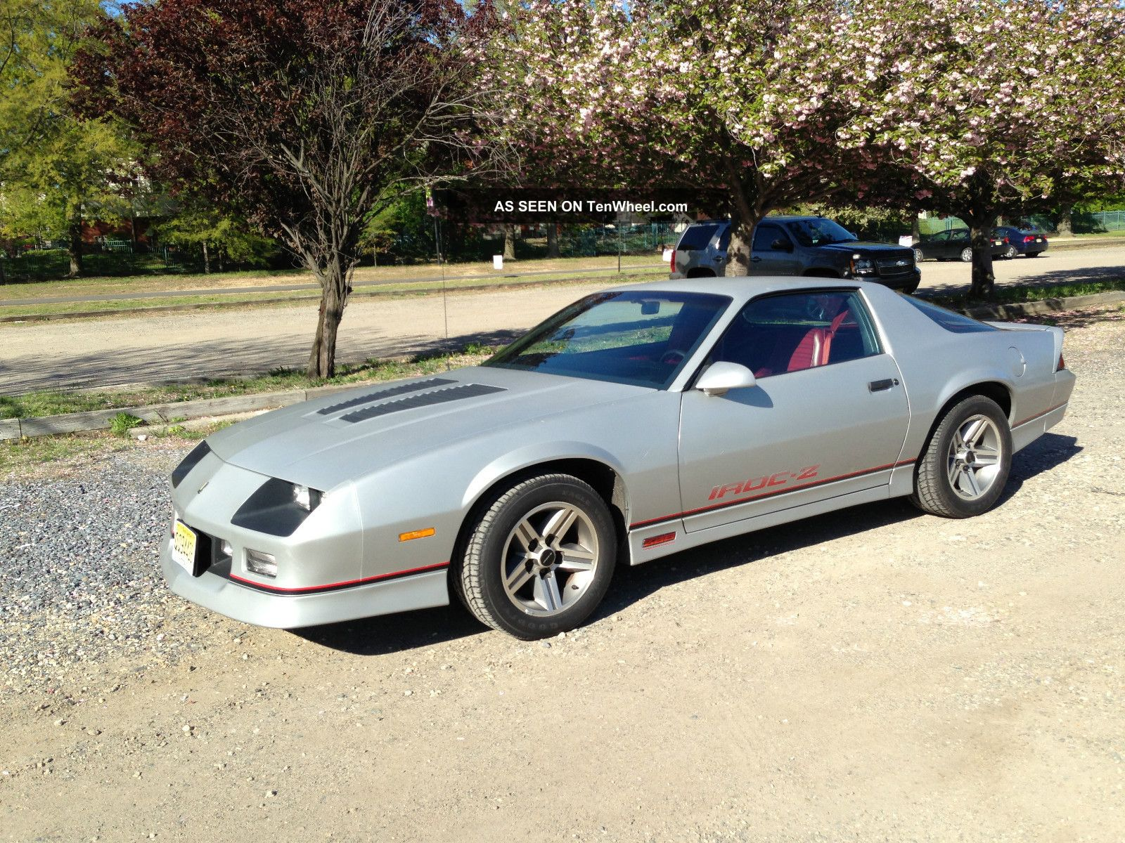 hight resolution of rare silver met camaro 1985 iroc z 35k mi matching numbers red int 5 0 tpi z28