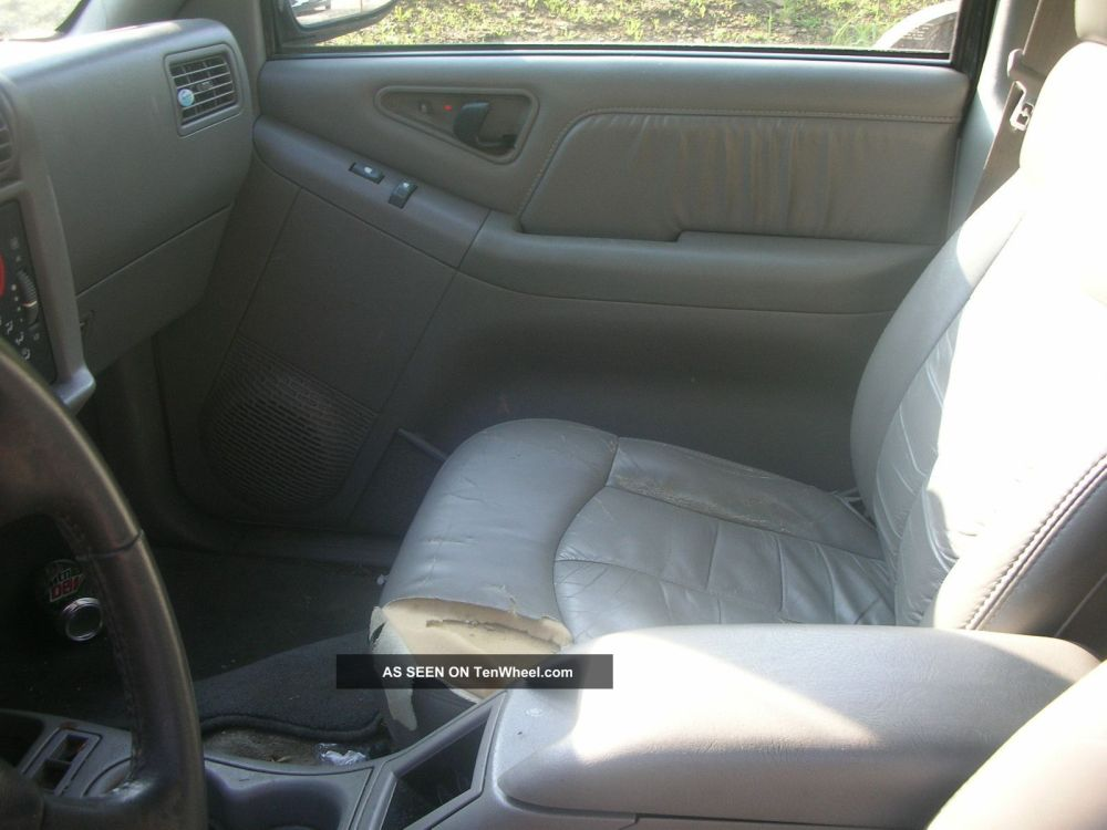 medium resolution of 1996 gmc jimmy door