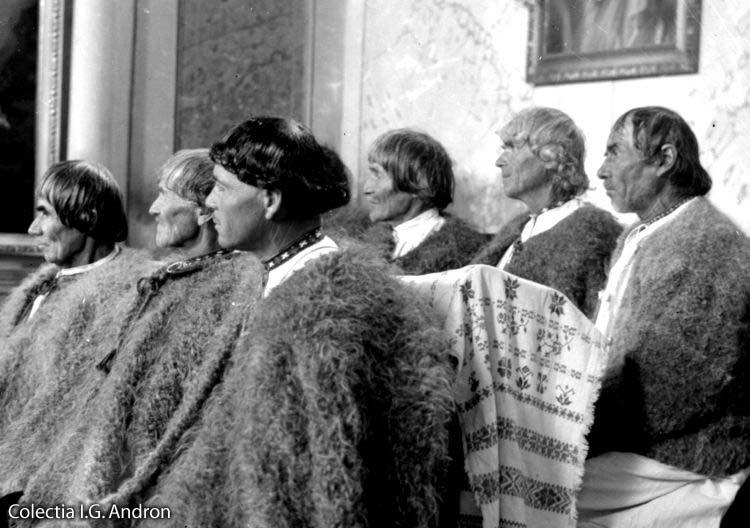Image result for romani bătrâni din maramures photos